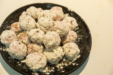 Meatballs coated in flour - I have sprinkled some extra herbs over the top - just because I can (?)
